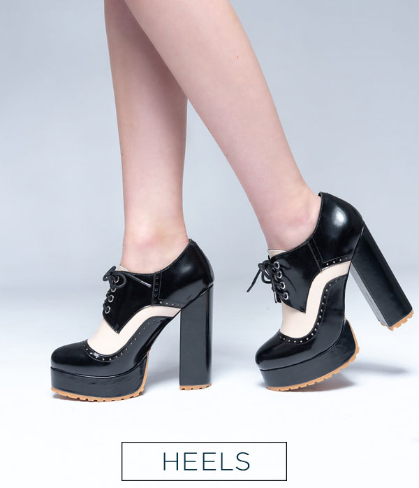 that chic shoe heels black and white